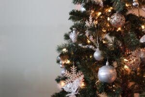 Decorate your cat tree